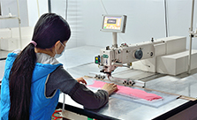 睿牛制衣厂设备-多功能数控缝纫机